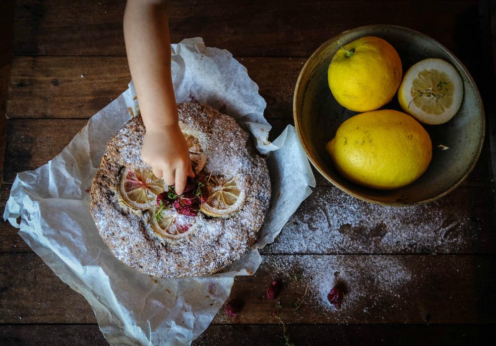Lemon + Raspberry Cake : Inked in Colour blog